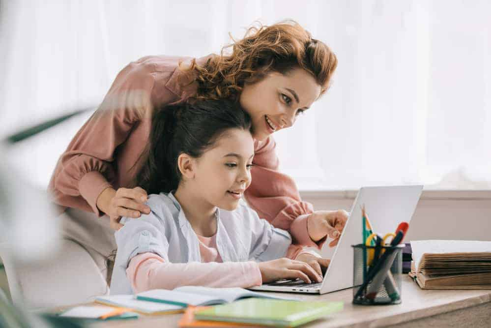 Simply Mumma_Homeschooling Tips for Kids and Parents