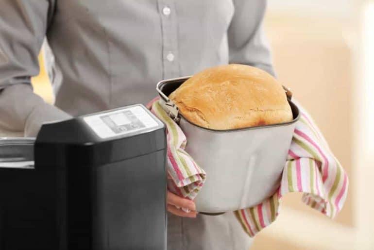 Simply Mumma_Bread Maker Recipes Basic White Loaf