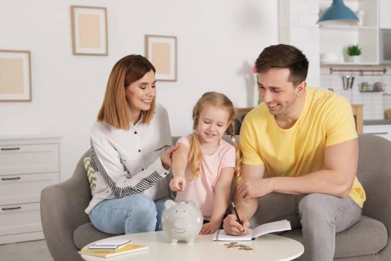 Simply Mumma_How to Create a Family Budget Plan