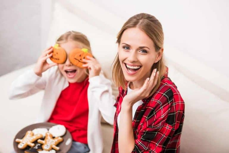 Simply Mumma_How to Celebrate Halloween at Home