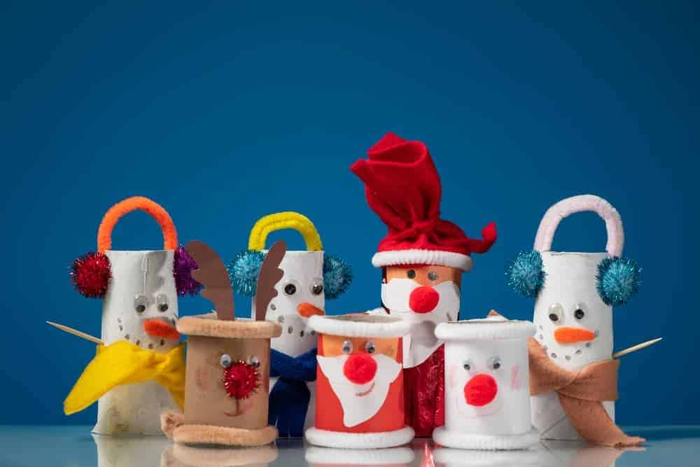 Simply Mumma_Toddler Crafts for Christmas Toilet Paper Rolls