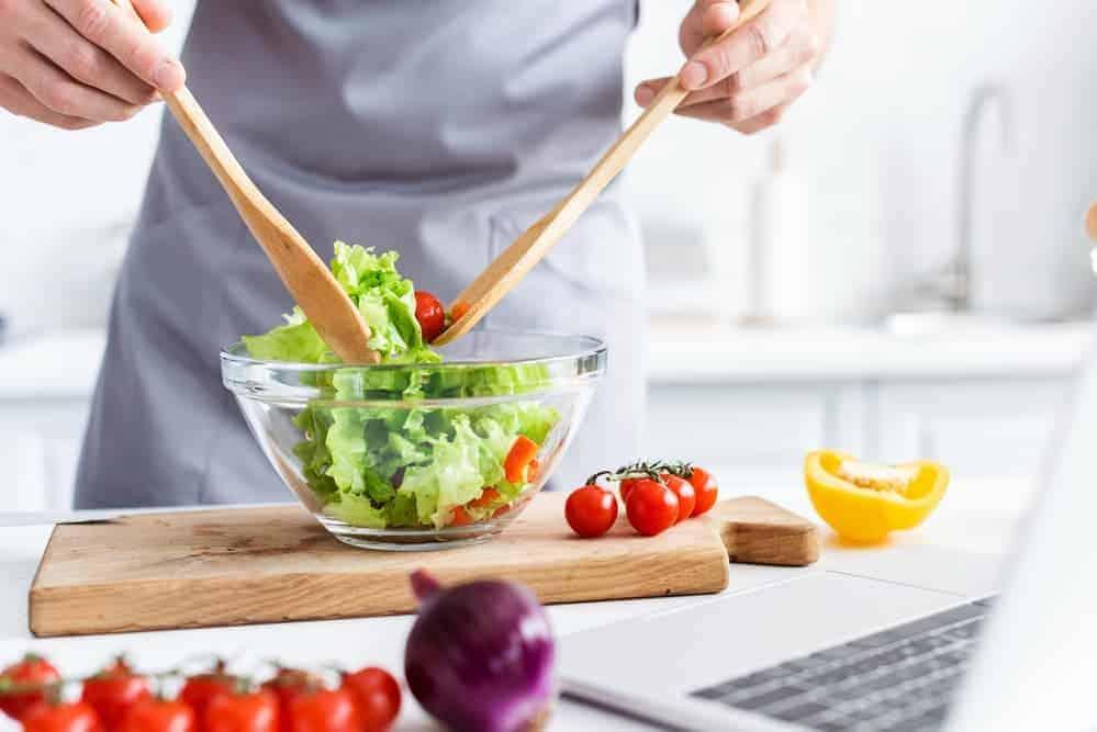Simply Mumma_Make Salads to Repurpose Christmas Leftovers