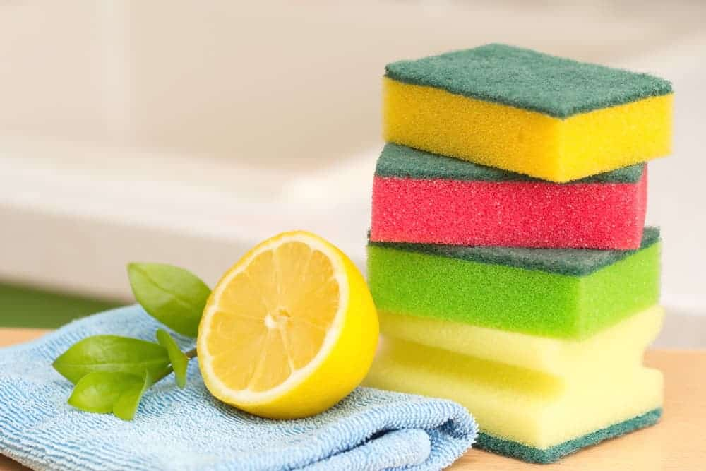 Simply Mumma_How to Use Lemons to Clean Your Home