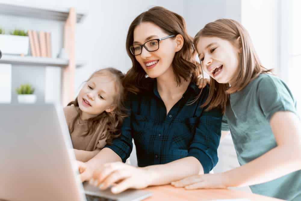 Simply Mumma_Tips to Ensure Cyber Safety for Kids