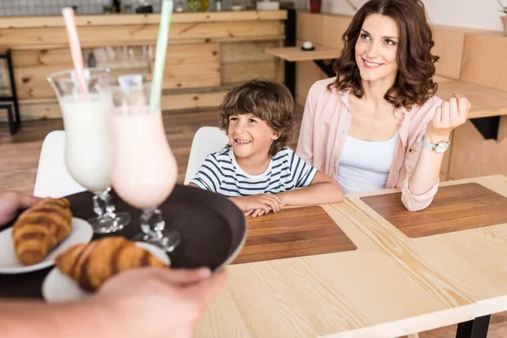 Simply Mumma_How to Save while Dining at Restaurants