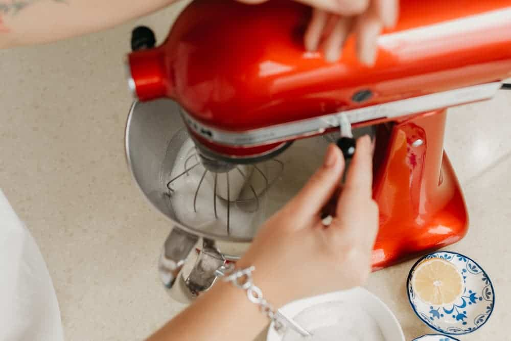 Simply Mumma_Steps to Clean a Stand Mixer After Mixing