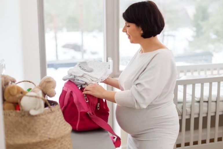 Simply Mumma_Ultimate Hospital Bag Checklist for Mums