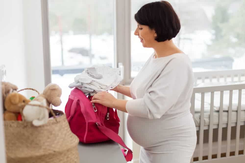 Simply Mumma_Ultimate Hospital Bag Checklist for Mums