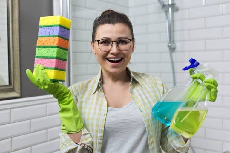 Simply Mumma_Bathroom Deep Cleaning Steps and Tips