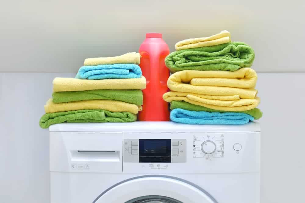 Simply Mumma_Wash Towels during Bathroom Deep Cleaning Time
